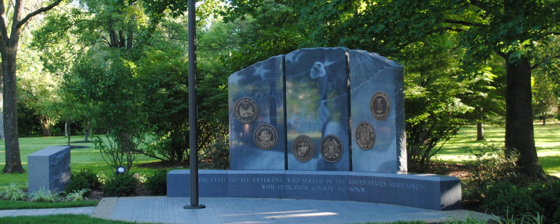 Front view of Indian Hill Veteran's Memorial